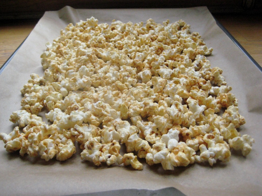 honey-almond-butter-popcorn