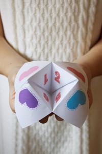 candy-free-Valentine-Fortune-Teller